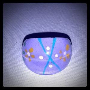 Vtg 1970's 3-D Reversed painted lucite dome ring